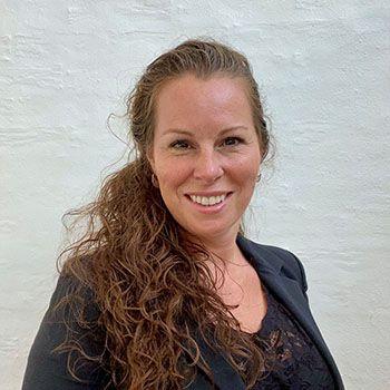Lotte Brix Bjørnskov er cand.merc. i International Business og konsulent på Proceslederuddannelsen